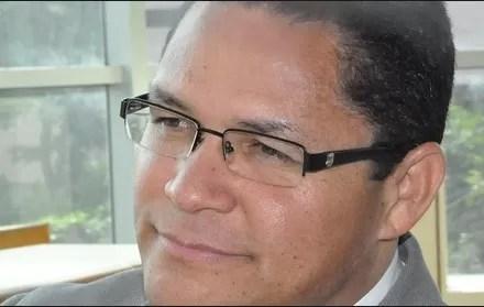 """Gedeón Santos dice que """"no ha salido"""" candidato que mantendrá PLD en poder"""