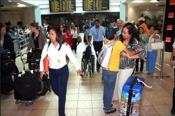 Aeropuerto viajeros AILA