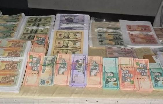 Dinero pesos dolares