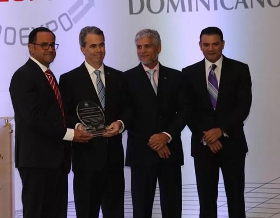 El premio a la Excelencia en el Servicio al Sector Exportador