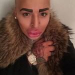 Kim-Kardashian-fan5