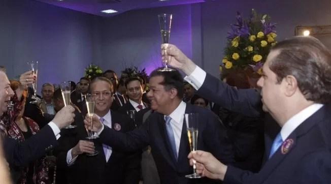 PLD celebrando Leonel