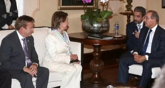 Congresistas estadounidenses visitan al presidente Danilo Medina