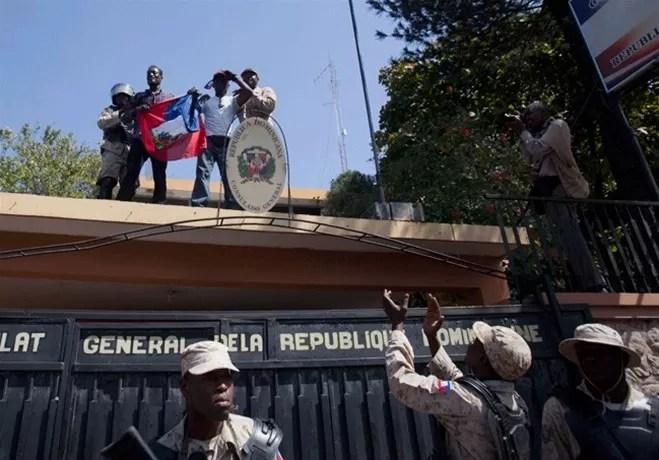 Haitianos consulado dominicano