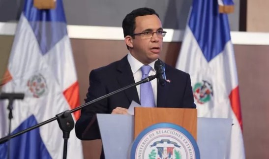 Canciller Navarro
