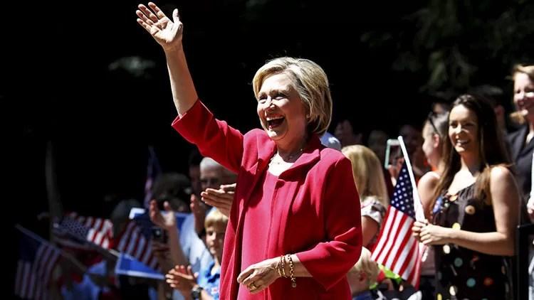 El FBI encuentra los correos electrónicos borrados por Hillary  Clinton