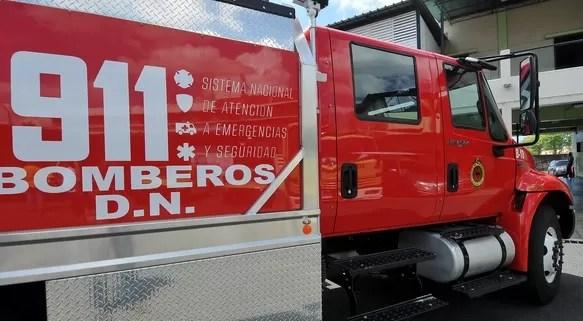 El sistema 911 rescata  niño atrapado en verja del balcón de su casa