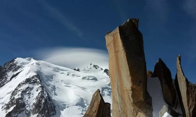 El deshielo de los glaciares crea más de 1.000 lagos en los Alpes suizos