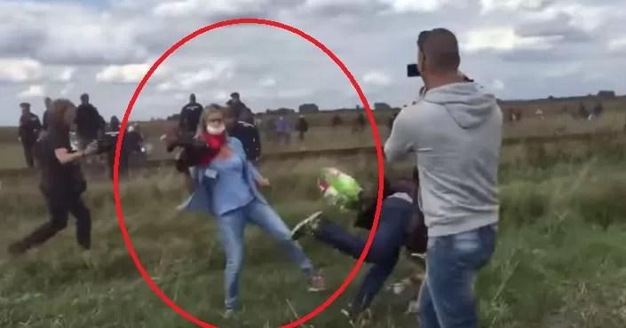La periodista húngara que golpeó a migrantes dice que «entró en pánico»