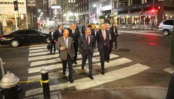 Danilo Medina recorriendo las calles de Nueva York
