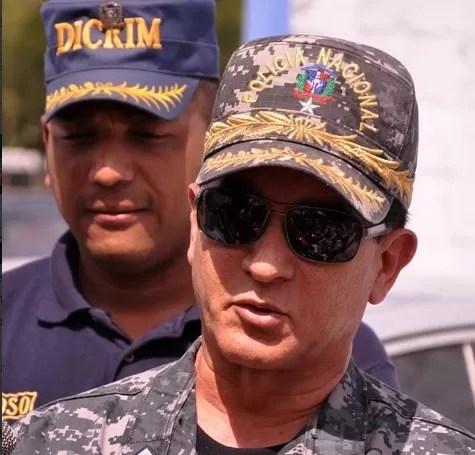 Un general en Santiago quiere impedir las celebraciones de cumpleaños en la noche