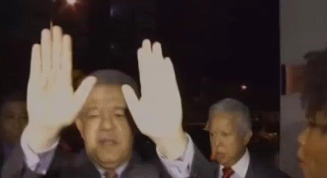 Video: Leonel Fernández se molestó por esta pregunta