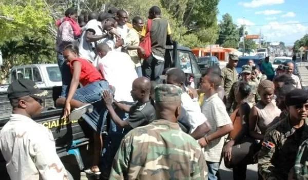 Denuncian en Plan de Regularización deportan «morenitos dominicanos»