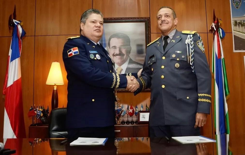 La DNCD y la Policía firman acuerdo para perseguir el crimen organizado