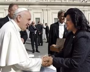 el-papa-recibe-delegacion-de-congresistas-dominicanos-expresa-deseo-por-visitar-rd