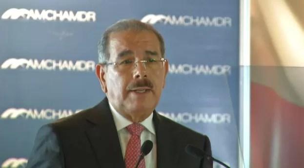 """Danilo Medina: """"Estoy junto al pueblo en batalla por transparencia y la Ley"""""""