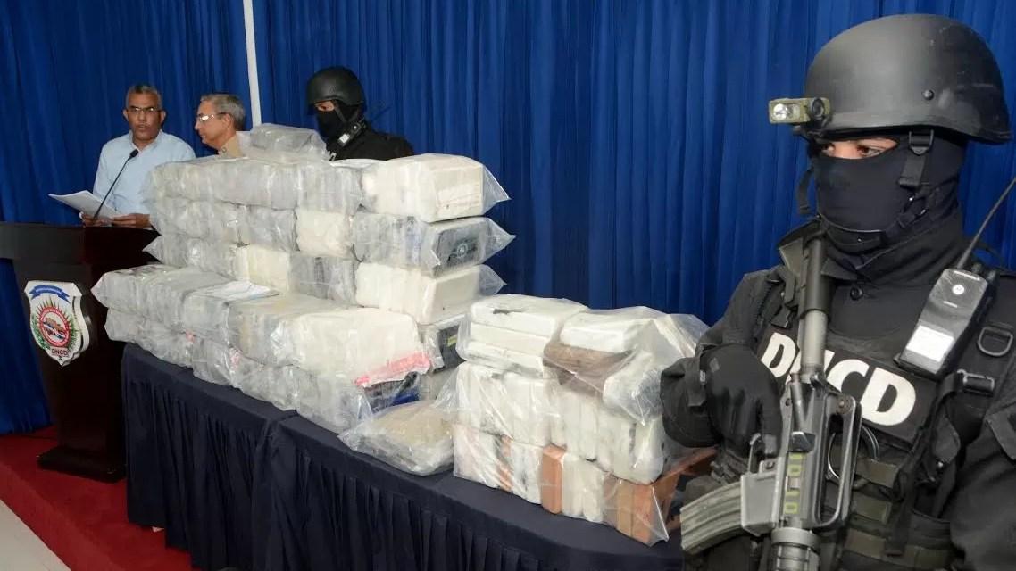 La DNCD apresa dueños de un gran cargamento de cocaína