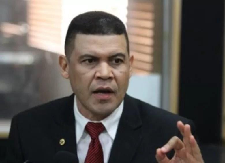 """Lo que dice Ricardo Nieves sobre diputado apresado: """"hay otras 25 solicitudes de extradicción"""""""