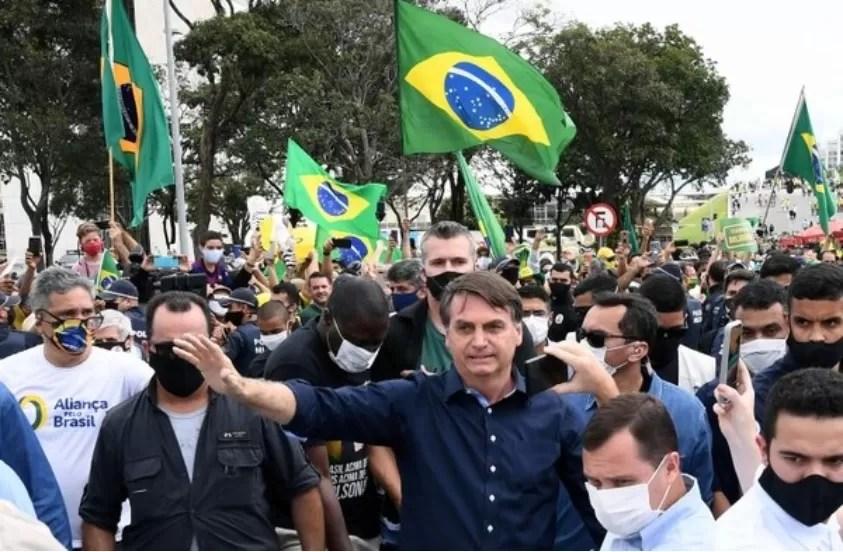 Bolsonaro dio positivo a la covid-19
