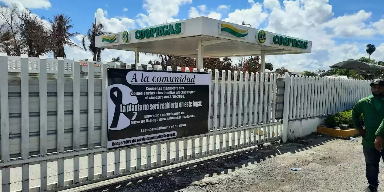 Lo que anuncia la valla luctuosa de Coopegas en Santiago