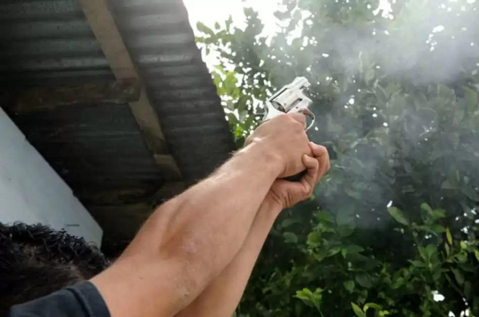 Villa Vásquez- Hombre dispara al aire para impedir boda