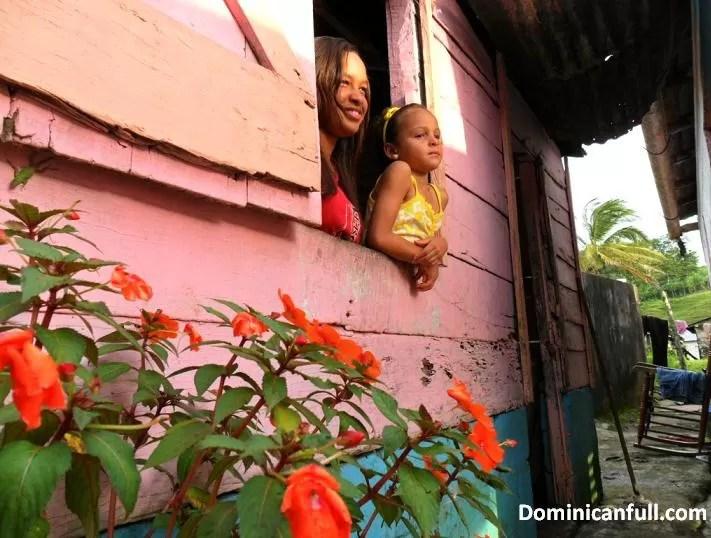 Los dominicanos celebramos hoy el Día de las Madres