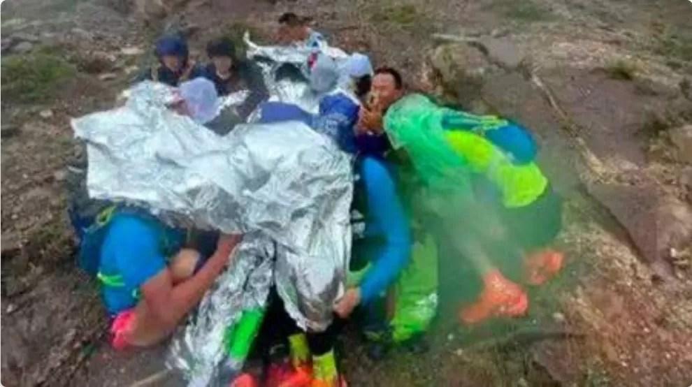 En China mueren 21 corredores por el frío durante una carrera de montaña