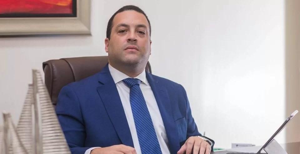 Denuncian conflicto de intereses con el director de Codopesca