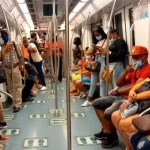 A partir del lunes usuarios deberán presentar tarjeta de vacunación para entrar al Metro y Teleférico