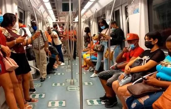 En el Metro de Santo Domingo no existe el distanciamiento físico