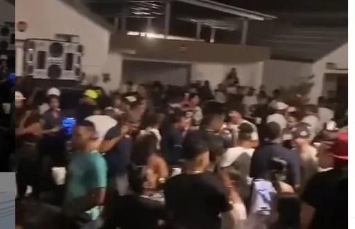 """Fiscalía sancionará cabaña donde apresaron 369 personas en """"teteo"""""""
