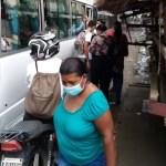 En SDE: Cientos de pasajeros están quedados por un paro de transporte