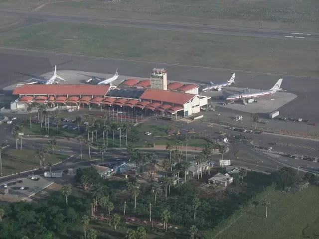 Se entrega el autor de falsa alarma de explosivos en Aeropuerto Cibao
