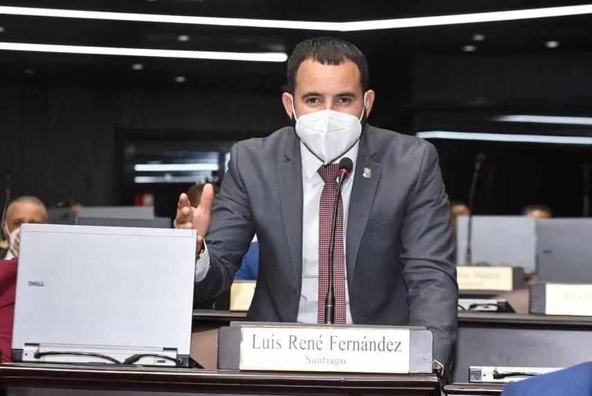 Nuria: diputado del PRM ganó las elecciones con documentos falsos