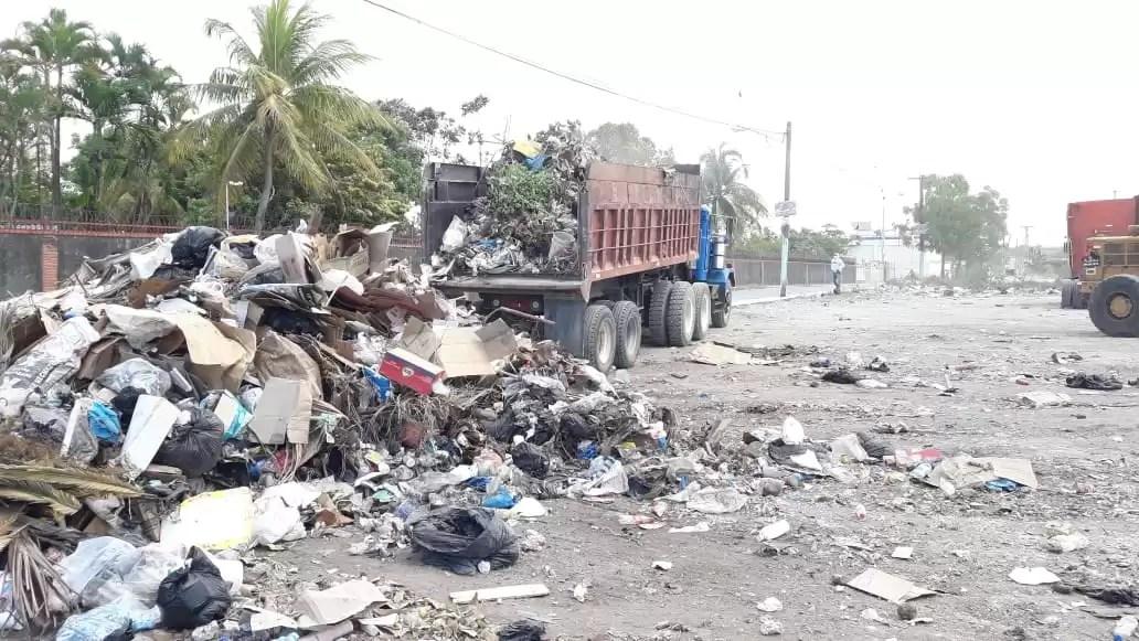 Ex alcalde Daniel Ozuna pide se declare en estado de emergencia a Boca Chica