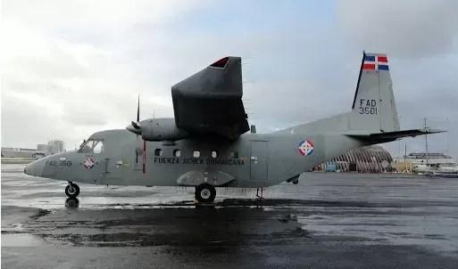 El avión de la Fuerza Aérea en Haití para evacuar personal diplomático dominicano
