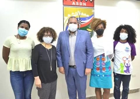 Carlos Guzmán aboga por construcción de casa comunitaria de justicia en SDN