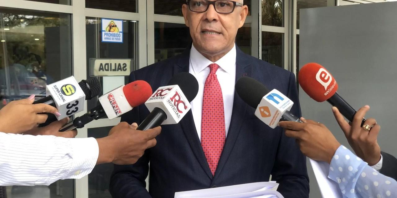 La denuncia de ADOCCO contra Luis Abinader