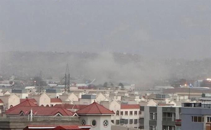 Más de una decena de muertos y 60 heridos en atentado en aeropuerto de Kabul