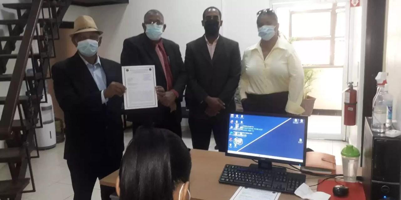 Depositan ante La PEPCA investigar gestiones  a ex alcaldes de SDE