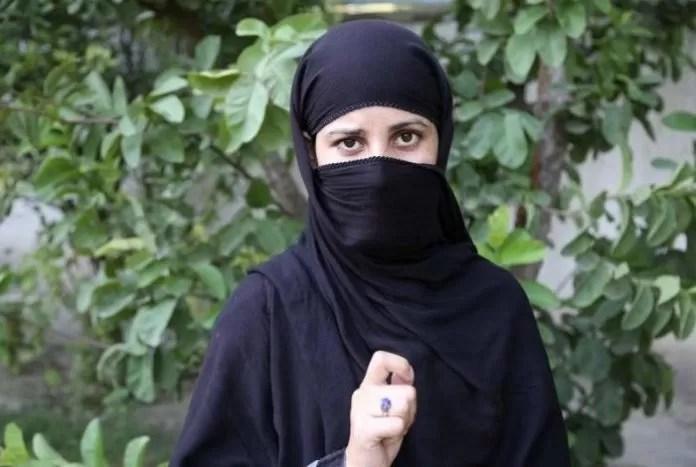 Las 29 prohibiciones del Talibán a las mujeres
