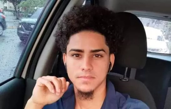 Encuentran joven muerto en la autopista Duarte