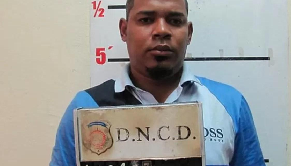 Abinader firma la extradición de implicado en Operación Falcón