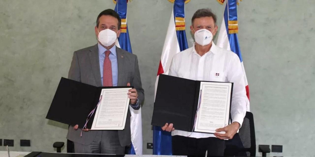 Gobierno une esfuerzos para desarrollo comercial y acercar el país a otras naciones