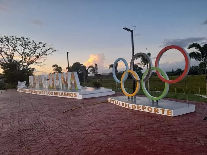 Inauguran parador fotográfico en Bayaguana