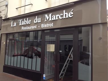 DOYEN HABILLAGE FACADE LA TABLE DU MARCHE1 - Copie