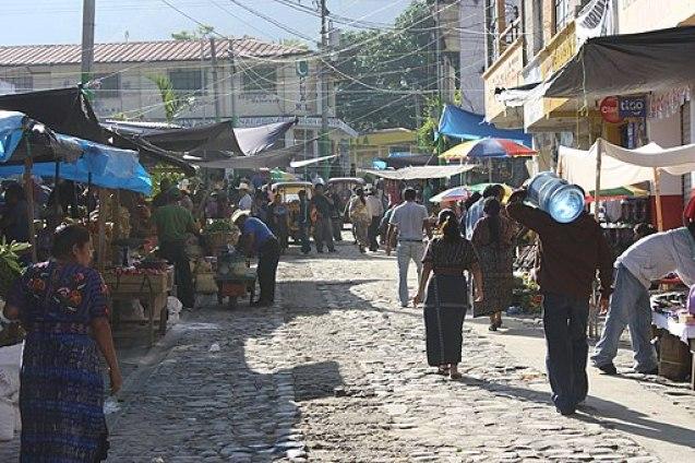 Panajachel_market_2010