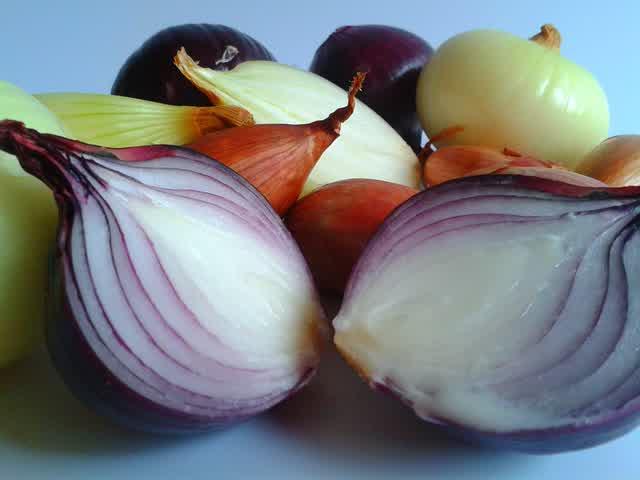 Beberapa Kandungan Serta Manfaat Dari Bawang Merah Dan Bawang Putih