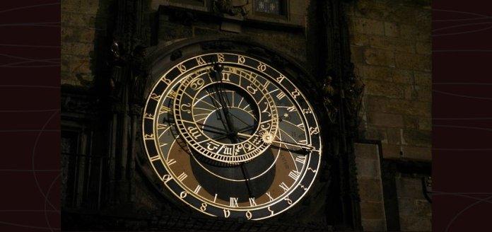 Prague Orloj, Arloji Astronomi Tertua di Dunia