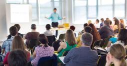 Como promover treinamento para instrutores em sua escola profissionalizante?